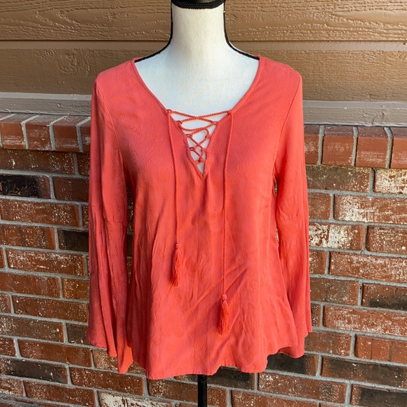 Cupcakes and Cashmere Jett Bell Sleeve Top